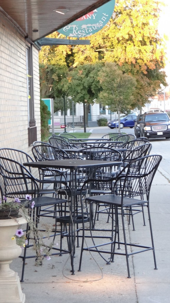 Seasonal outdoor seating
